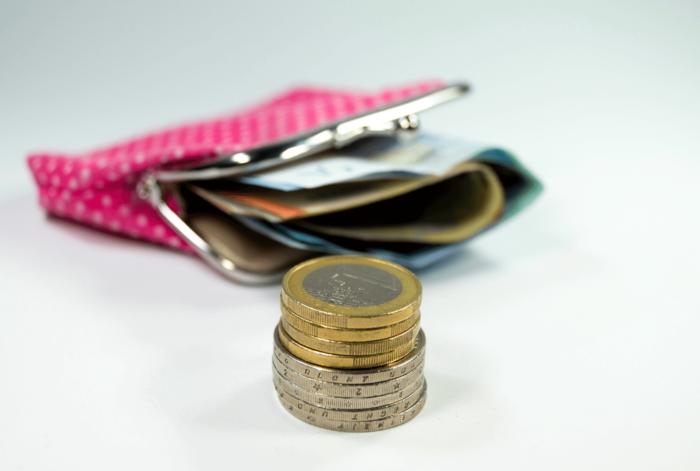 Manifest: Bonden en werkgevers roepen op om loonkloof po vo te dichten